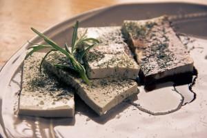 tofu-1478701_1920
